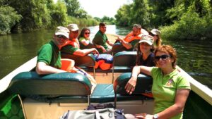 excursie cu barca in delta